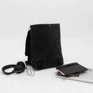 Wren_Black_Backpack_open_lres